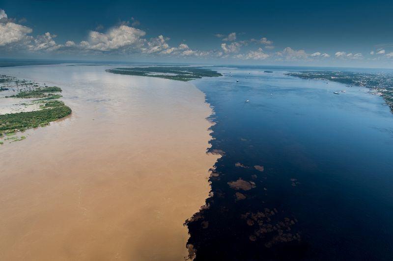 Meeting of Waters | Encontro das Aguas