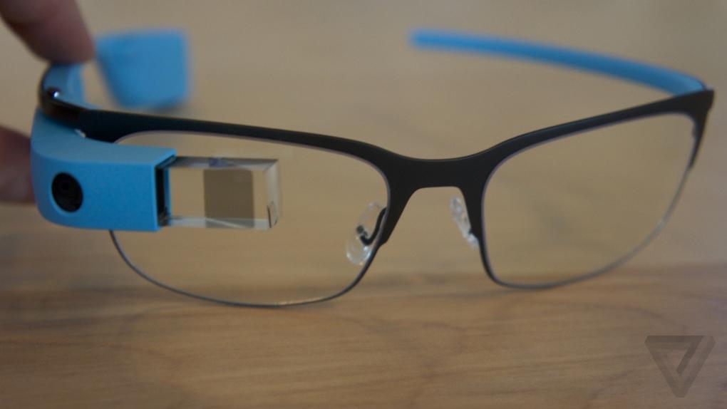 Estas armações vêm assim dar resposta a todos os que necessitam usar óculos  com lentes correctivas e queiram usar o Glass (mas não resolve ainda o  facto do ... d0de33f3ad