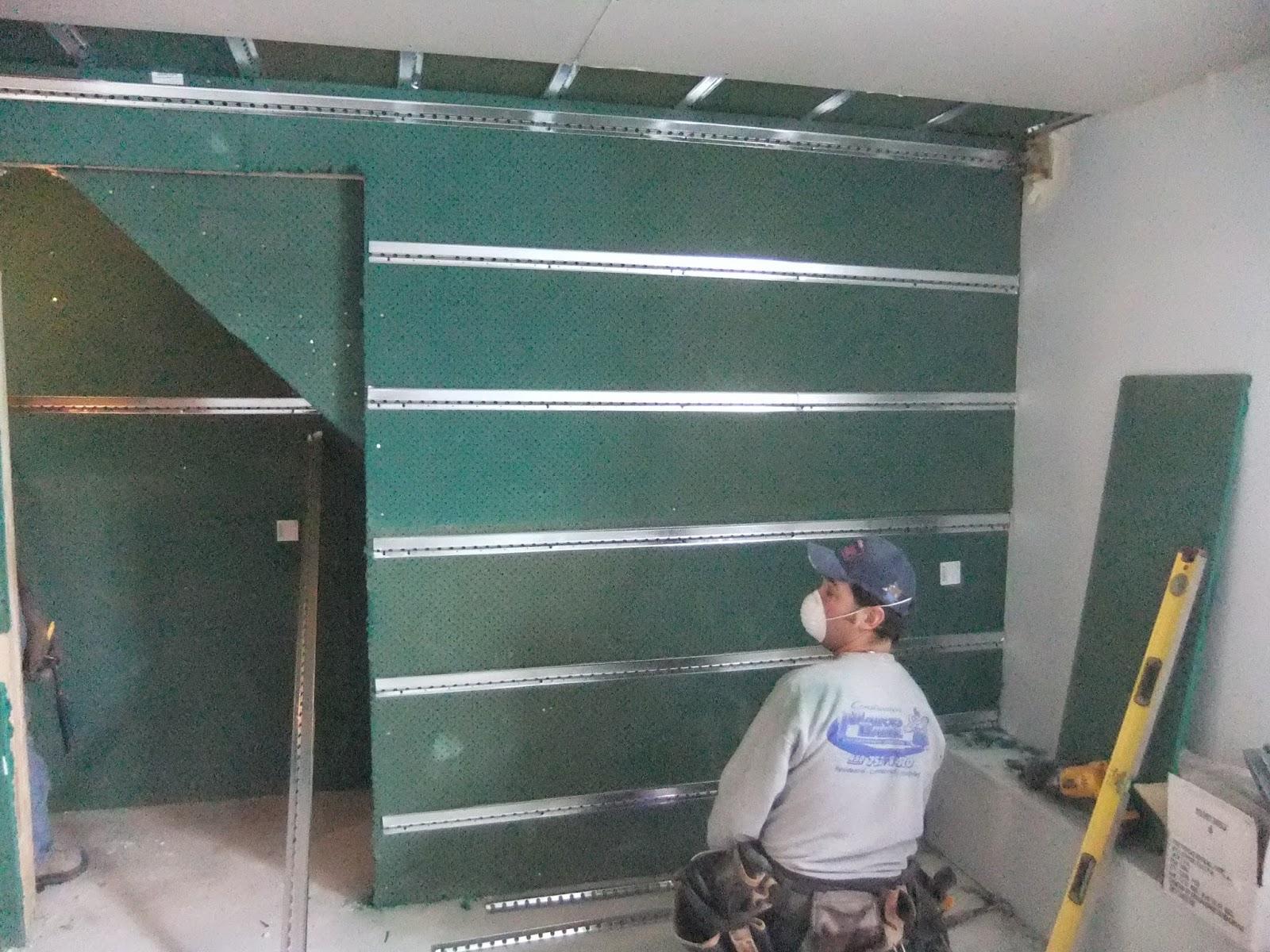insonoriser un mur insonoriser un mur mitoyen yves. Black Bedroom Furniture Sets. Home Design Ideas