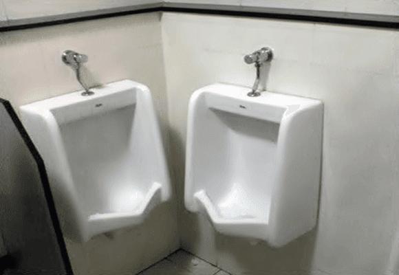 Erros-no-banheiro-doido