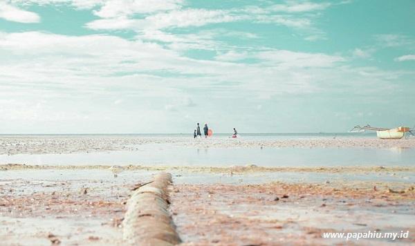 Cerita Keindahan Pantai Kaluku Akhir Pekan
