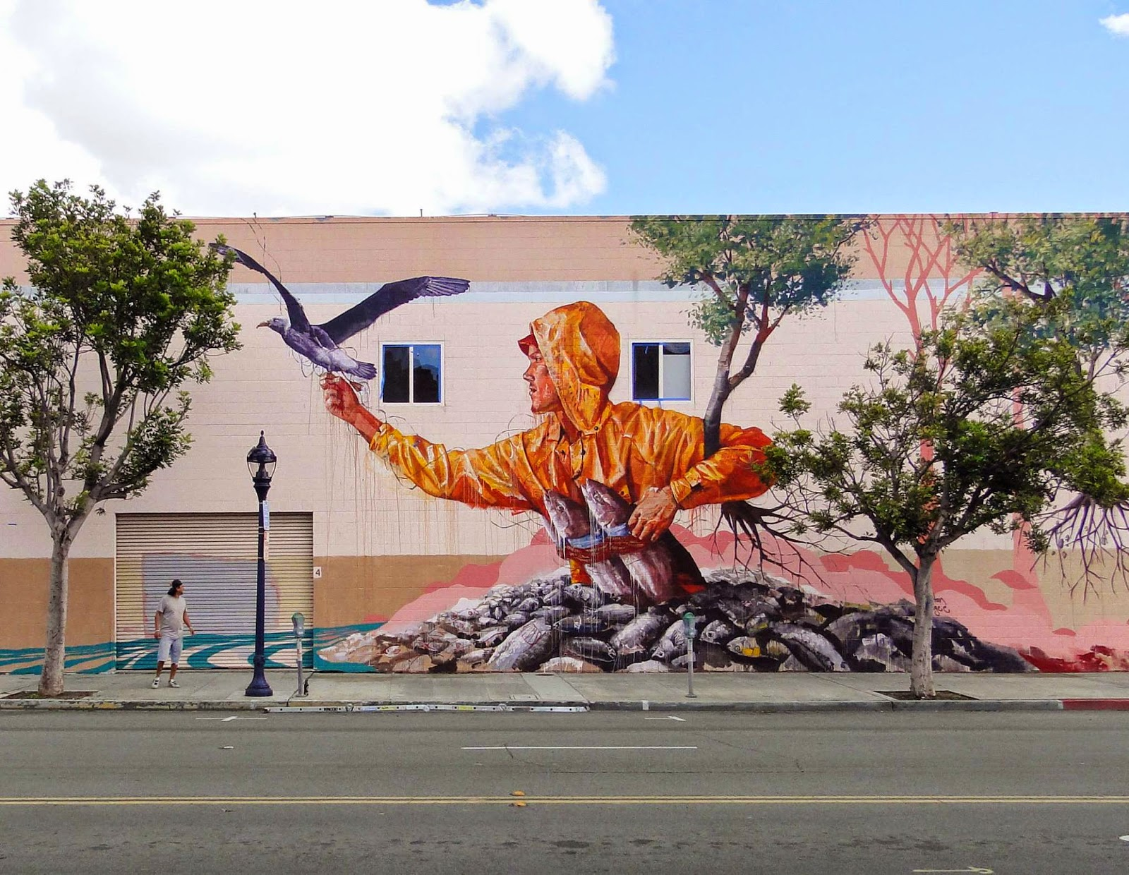 While we last heard from him a few days ago in Las Vegas, Fintan Magee is now in San Diego where he just wrapped up this new piece.