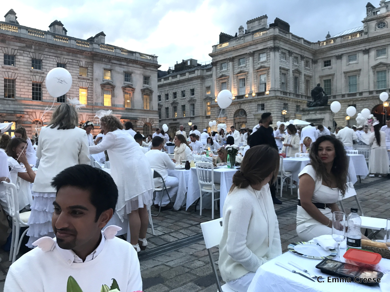 Dîner en Blanc: Somerset House, London 2017 Adventures of a London Kiwi