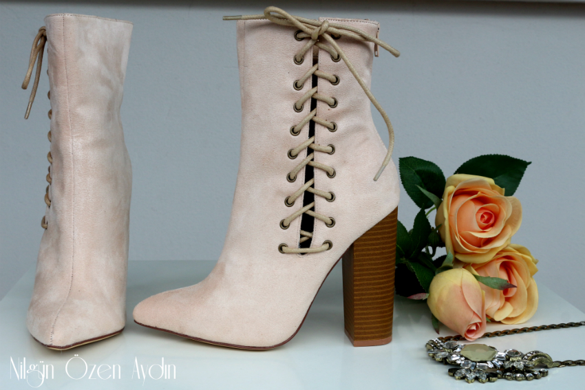www.nilgunozenaydin.com-nude botlar-nude boots-moda blogu-fashion blog-fashion blogger