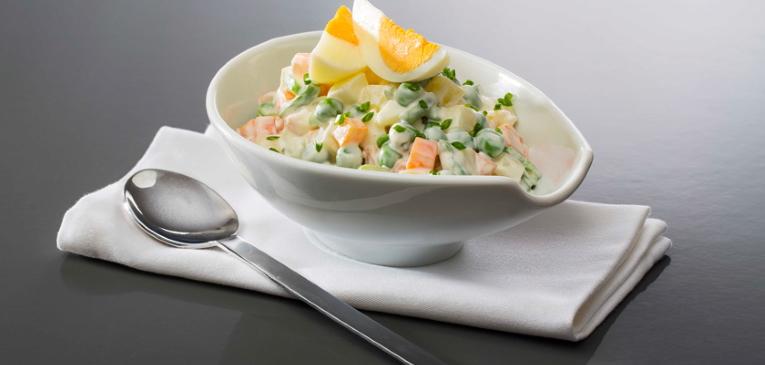 Salada de Batata com Cenoura e Ervilha