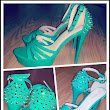 Perfect shoes for Summer! Green Goes well with ..... Moods huh!