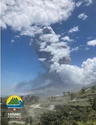 Νέα ισχυρή έκρηξη του ηφαιστείου Σουφριέρ στον Άγιο Βικέντιο της Καραϊβικής
