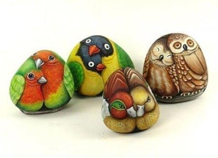 painting stones birds