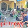 Turut Berbelasungkawa, Bhabinkamtibmas Polsek Polongbangkeng Utara Melayat Di Rumah Warganya