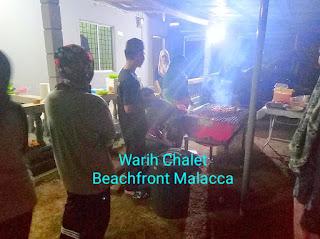 Warih-Chalet-Keluarga-Tn-Mazlan-Sedang-BBQ2