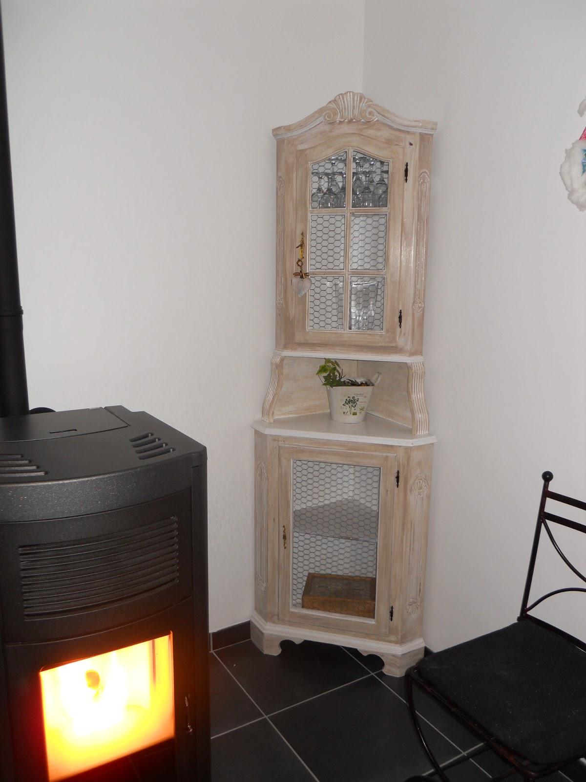 Meubles d co meuble d 39 angle enti rement relook au style charme - Meuble angle chambre ...