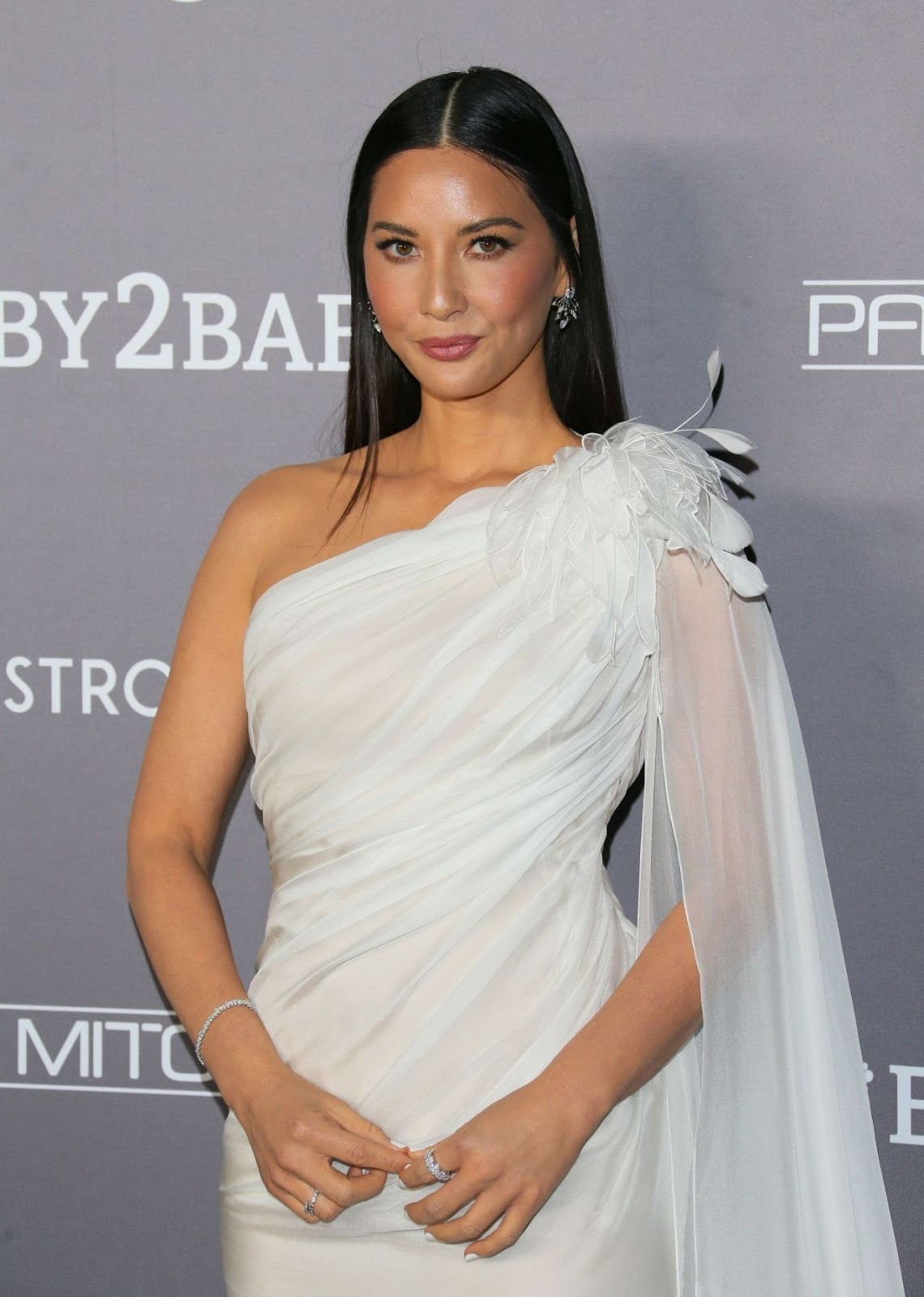 Olivia Munn – 2019 Baby2Baby Gala presented by Paul Mitchell