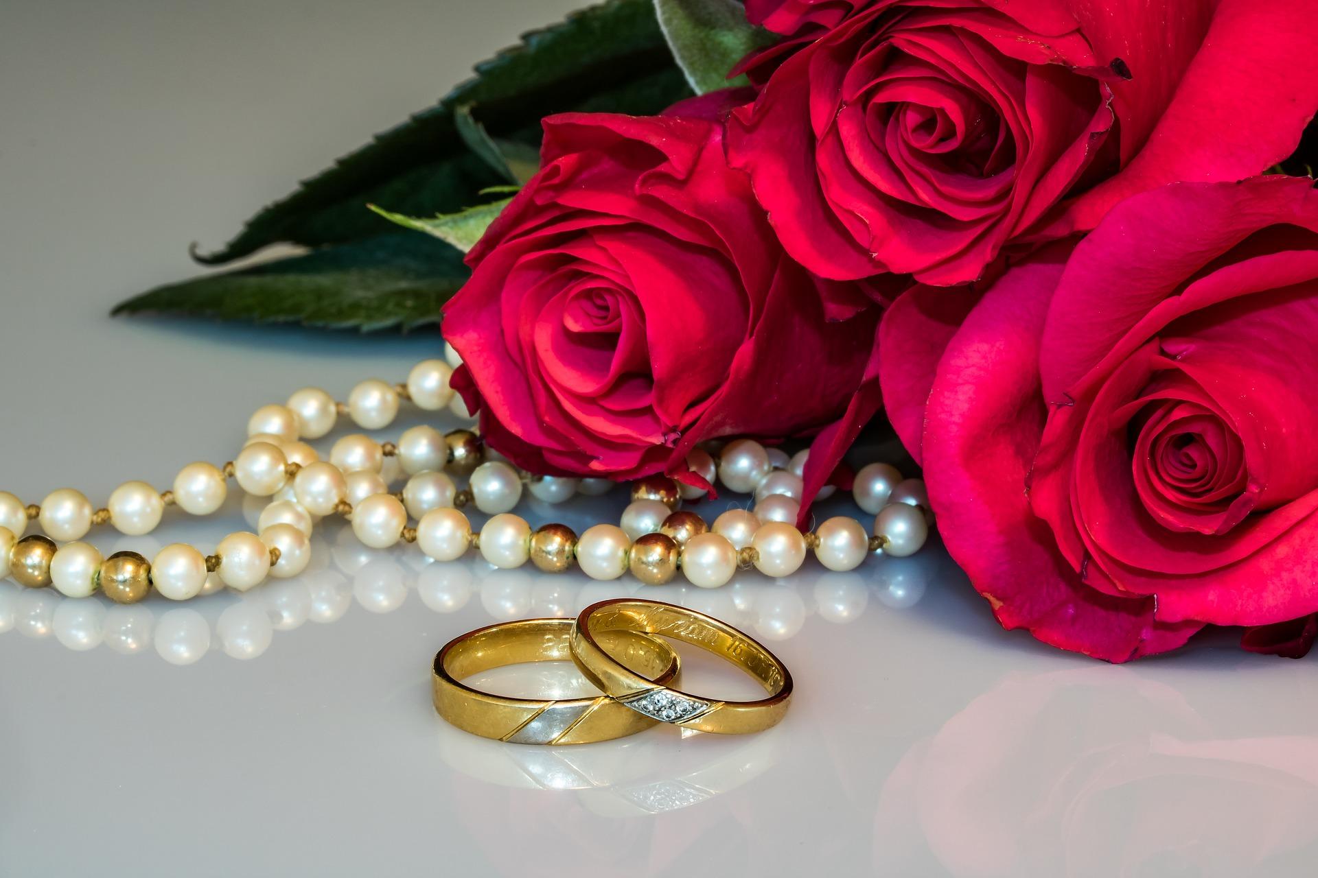 Obrączki ślubne - biżuteria na całe życie