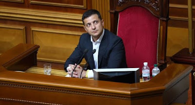 Зеленський скликає позачергове засідання парламенту для заміни уряду