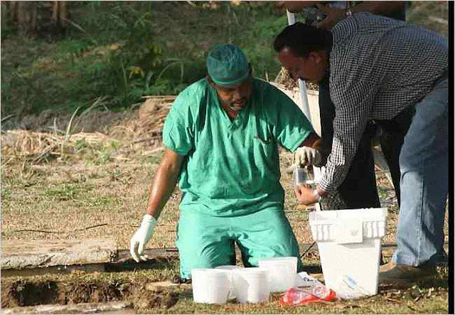 Médicos exumam restos de panamenhos intoxicados com remédios chineses. Fonte New York Times