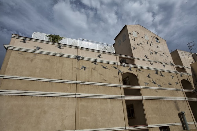 "Chinese Street Artist DALeast Paints A new mural in Malaga For ""Maus Malaga"" Urban Art Event. 4"