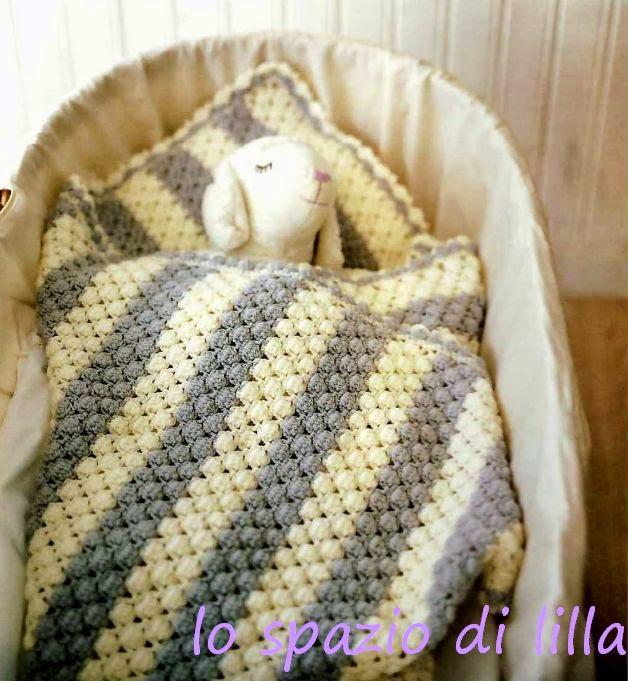 Lo spazio di lilla copertina all 39 uncinetto per neonato for Lo spazio di lilla copertine neonato