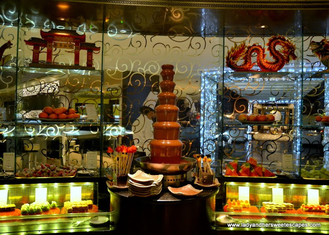 dessert station at Junsui restaurant in Burj Al Arab