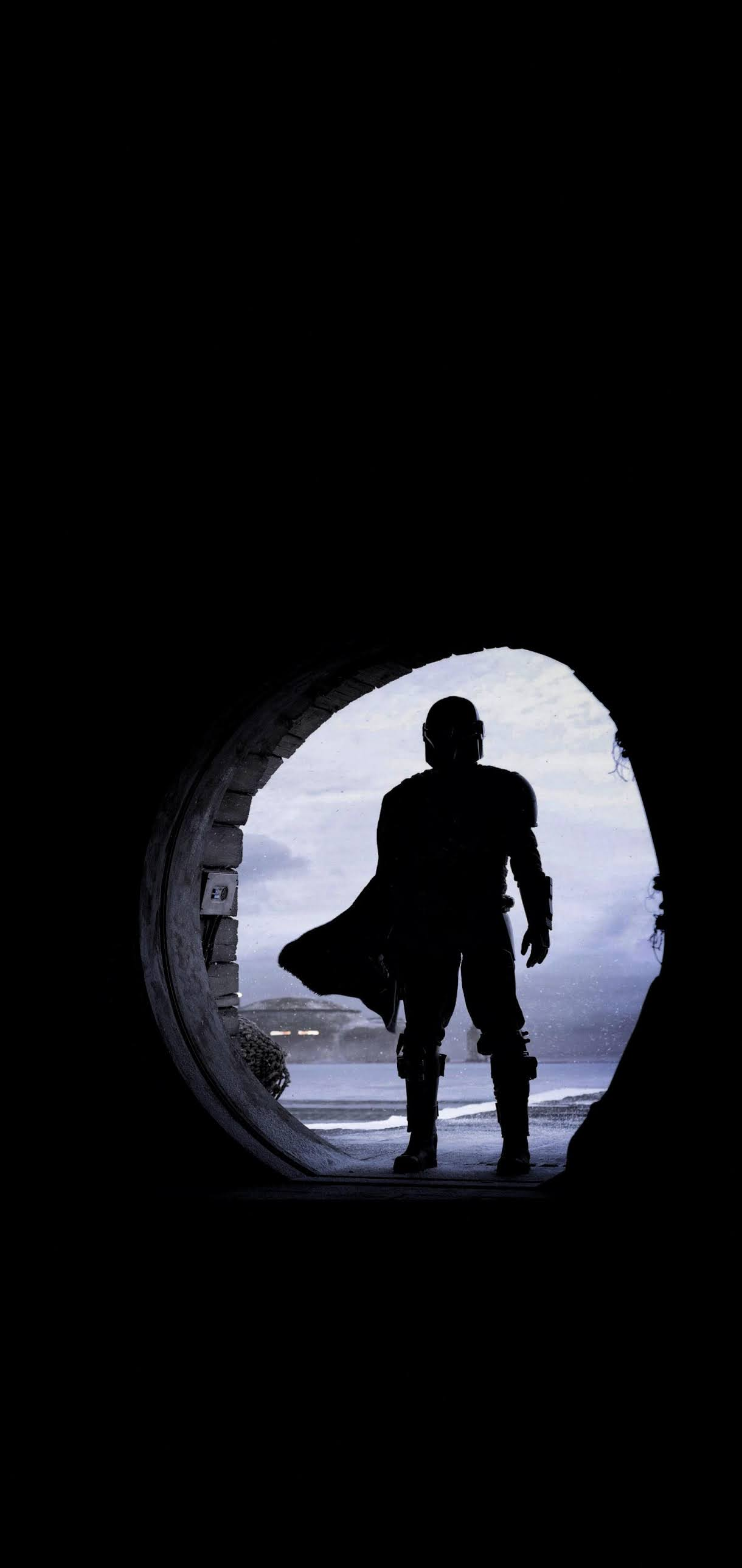 mandalorian in a door silhouette wallpaper