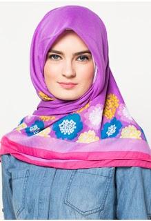 Contoh Jilbab Zoya Terbaru Segi Empat