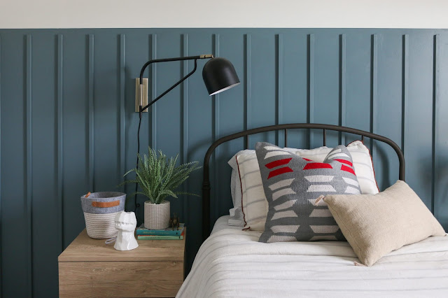The PERFECT blue paint color for a boy's room!