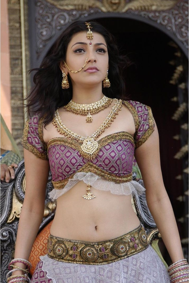 Indian Actress Kajal Aggarwal Hot Navel Photos Gallery 2021