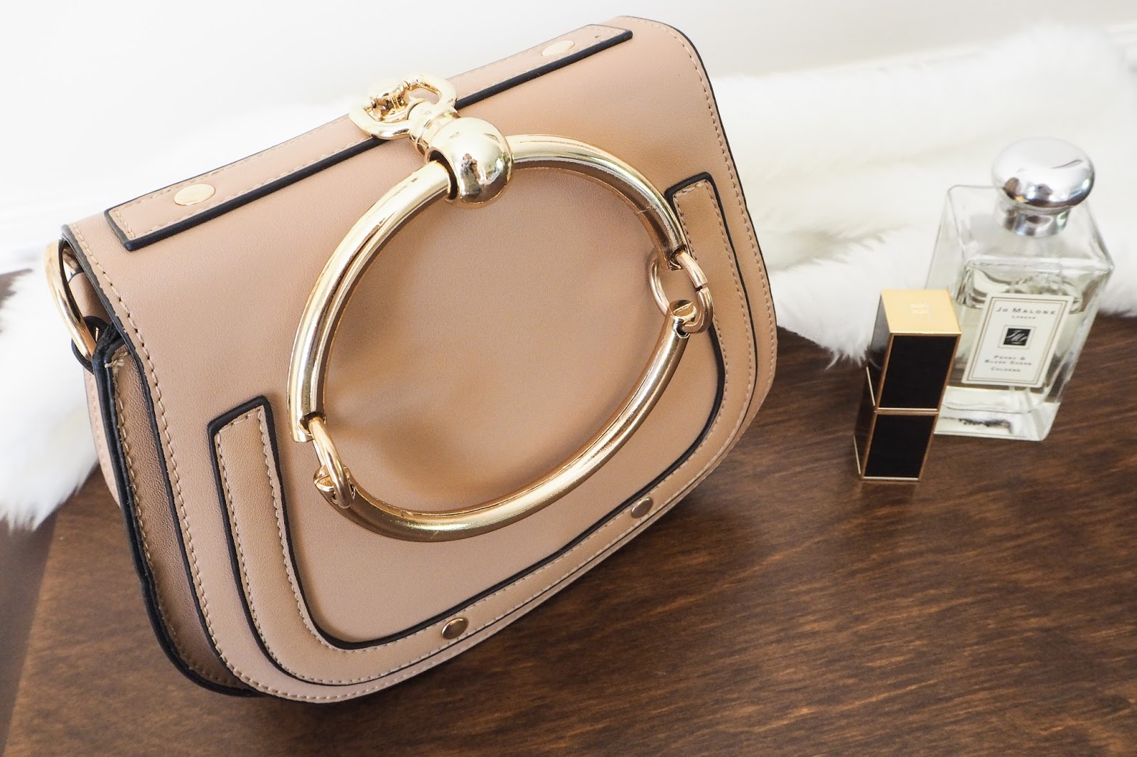 Close Up Of The Chloe Nile Dupe Handbag