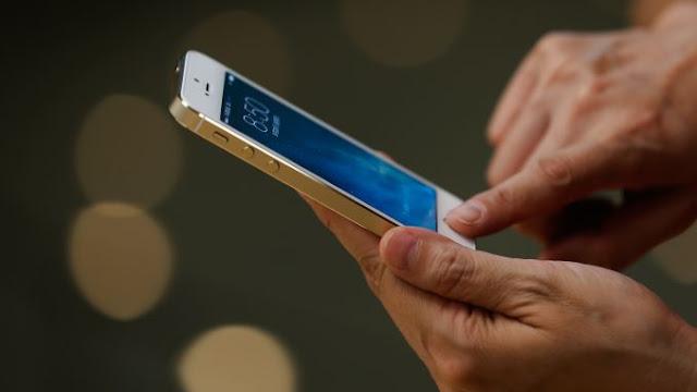 Κατάργηση τηλεφωνικών συνδέσεων και όριο στις κλήσεις με κινητά ζητάει ο Παναγιώτης Νίκας