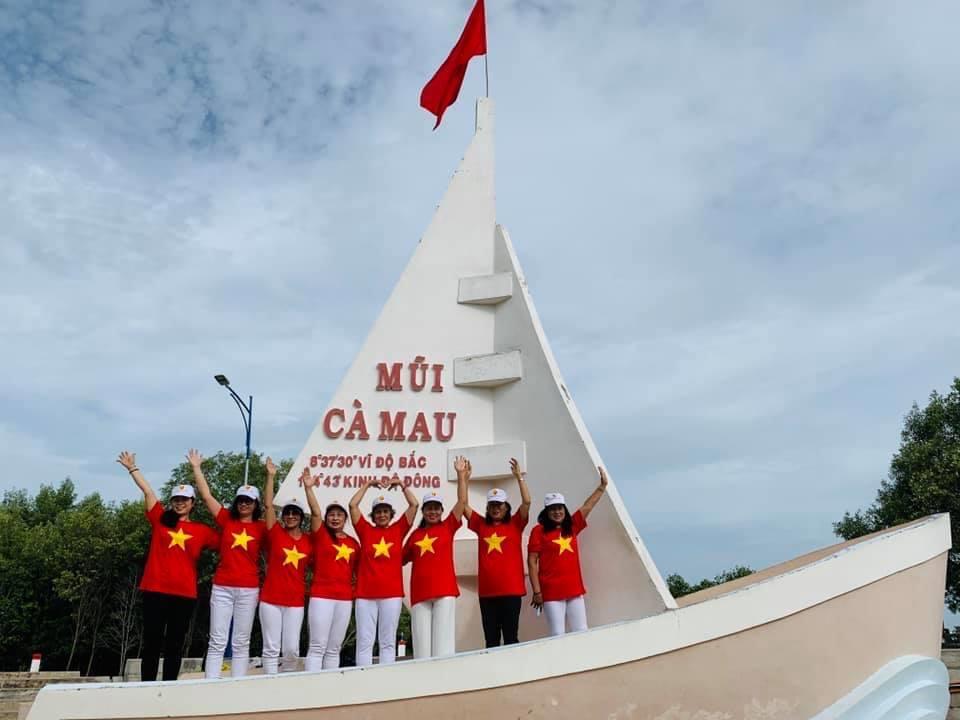 Ba nô biểu tượng mũi Cà Mau - tour lục tỉnh miền tây
