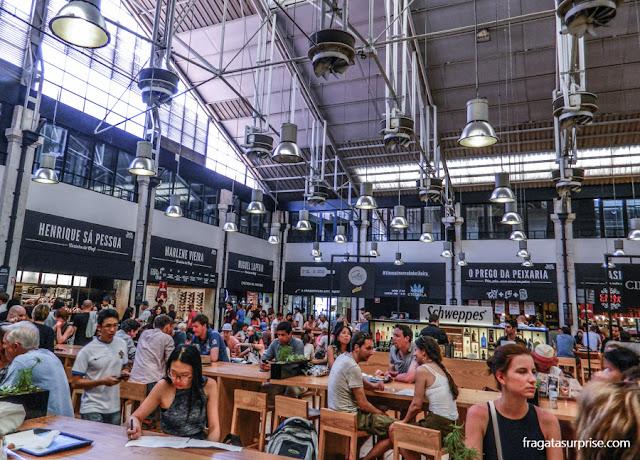 Mesas comunitárias do Mercado da Ribeira, Lisboa