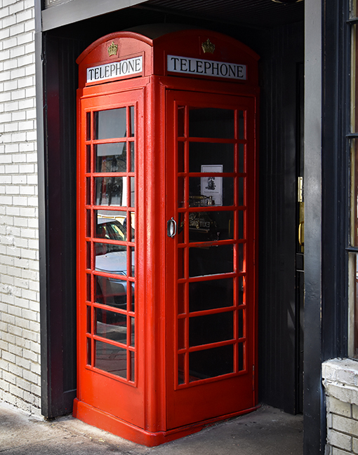 Red Phone Booth - Photo: Travis Swann Taylor