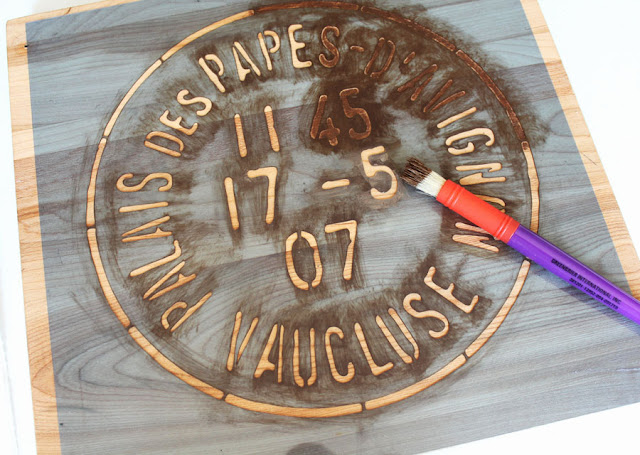 DIY A Simple Farmhouse Lazy Susan From Itsy Bits And Pieces Blog