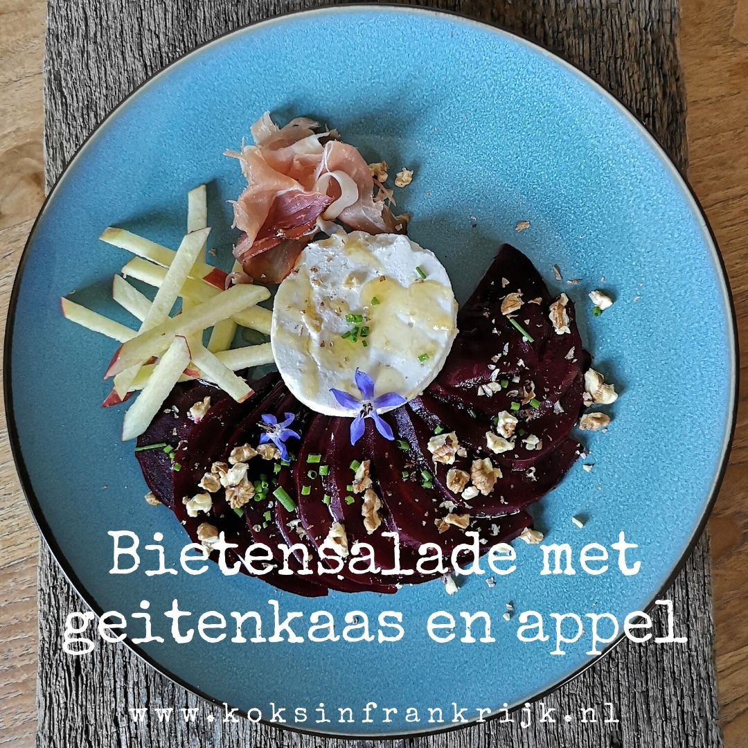 Heerlijke salade met rode biet, geitenkaas en appel. Lekker als lunch of voorgerecht.