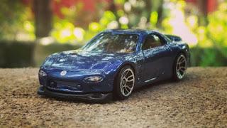 hot wheels rx-7 blue