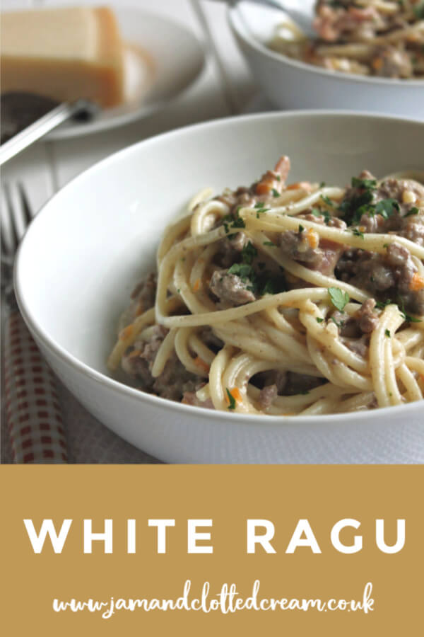 A rich tomato-less white ragu sauce for pasta #pasta #comfortfood