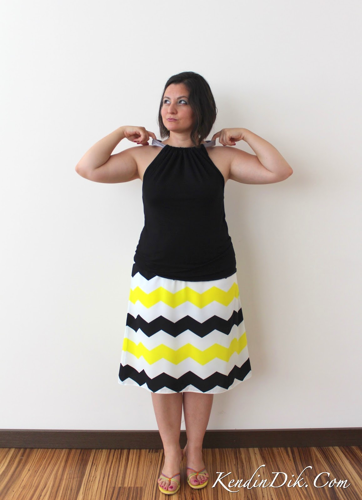 tasarım elbiseler zigzag etek yazlık