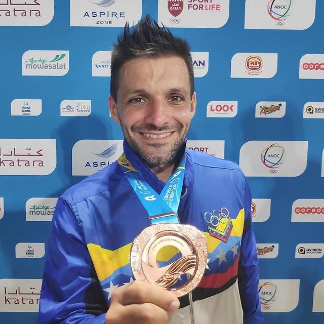 KARATE: excampeón mundial  Antonio Díaz obtuvo medalla de bronce en  Juegos Mundiales de Playa