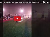 Bikin Merinding! Panglima TNI Pidato di Bawah Guyuran Hujan dan Didoakan Ulama Jadi Presiden