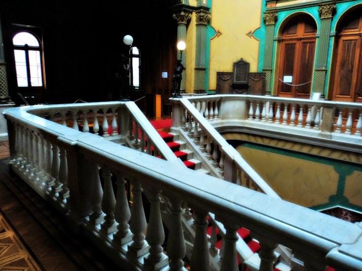 Escadaria no Interior do Palácio Cruz e Souza, Florianópolis