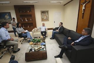 Governo de Sergipe e Alagoas discutem construção de ponte entre Neópolis e Penedo