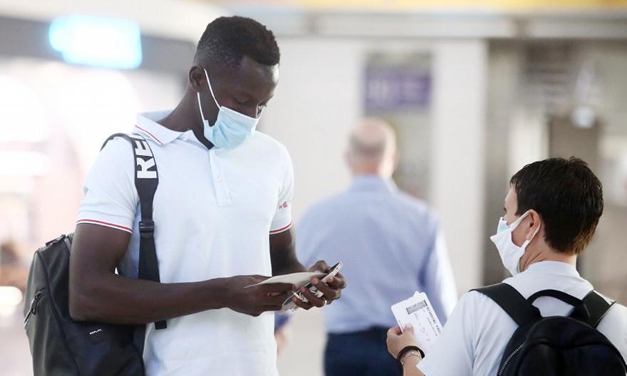 Ανησυχία για Καμαρά στον Ολυμπιακό
