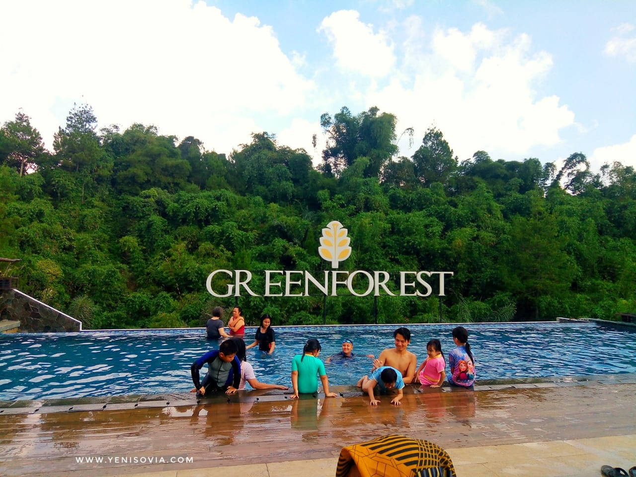 Hotel The Green Forest Resort Lembang