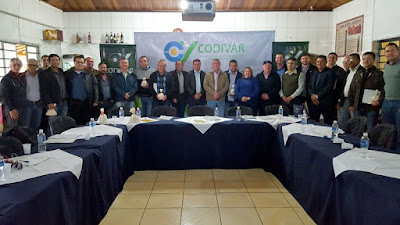 Em Apiaí, prefeitos discutem o fortalecimento da agricultura no Vale do Ribeira