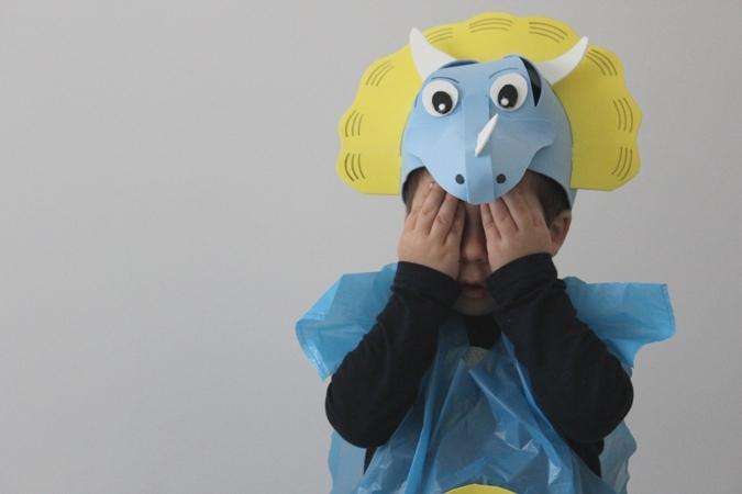 disfraz casero de dinosaurio
