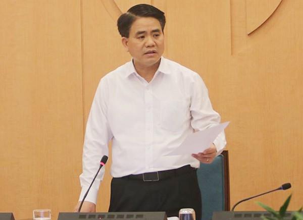 Phát hiện tiếp nhiều ca nghi dương tính, Chủ tịch Nguyễn Đức Chung quyết định mở rộng diện xét nghiệm nhanh để người dân yên tâm