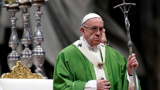 El Estado Islámico difunde un fotomontaje en el que aparece el papa Francisco decapitado
