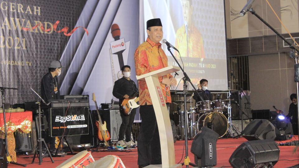 Komjen Boy Rafli saat orasi kebangsaan di Malam Anugerah Padang Tv Award 2021. (Dok. Istimewa)