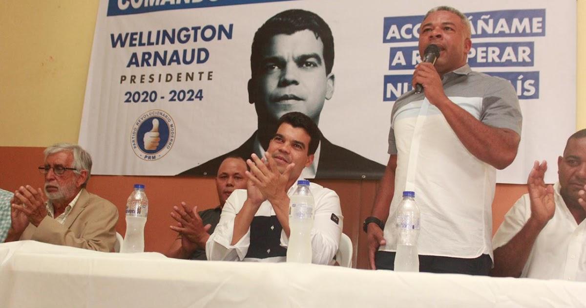 EN SAN JUAN DE LA MAGUANA: Pre-candidato presidencial del PRM Wellington Arnaud juramenta equipos de campaña de la provincia San Juan.