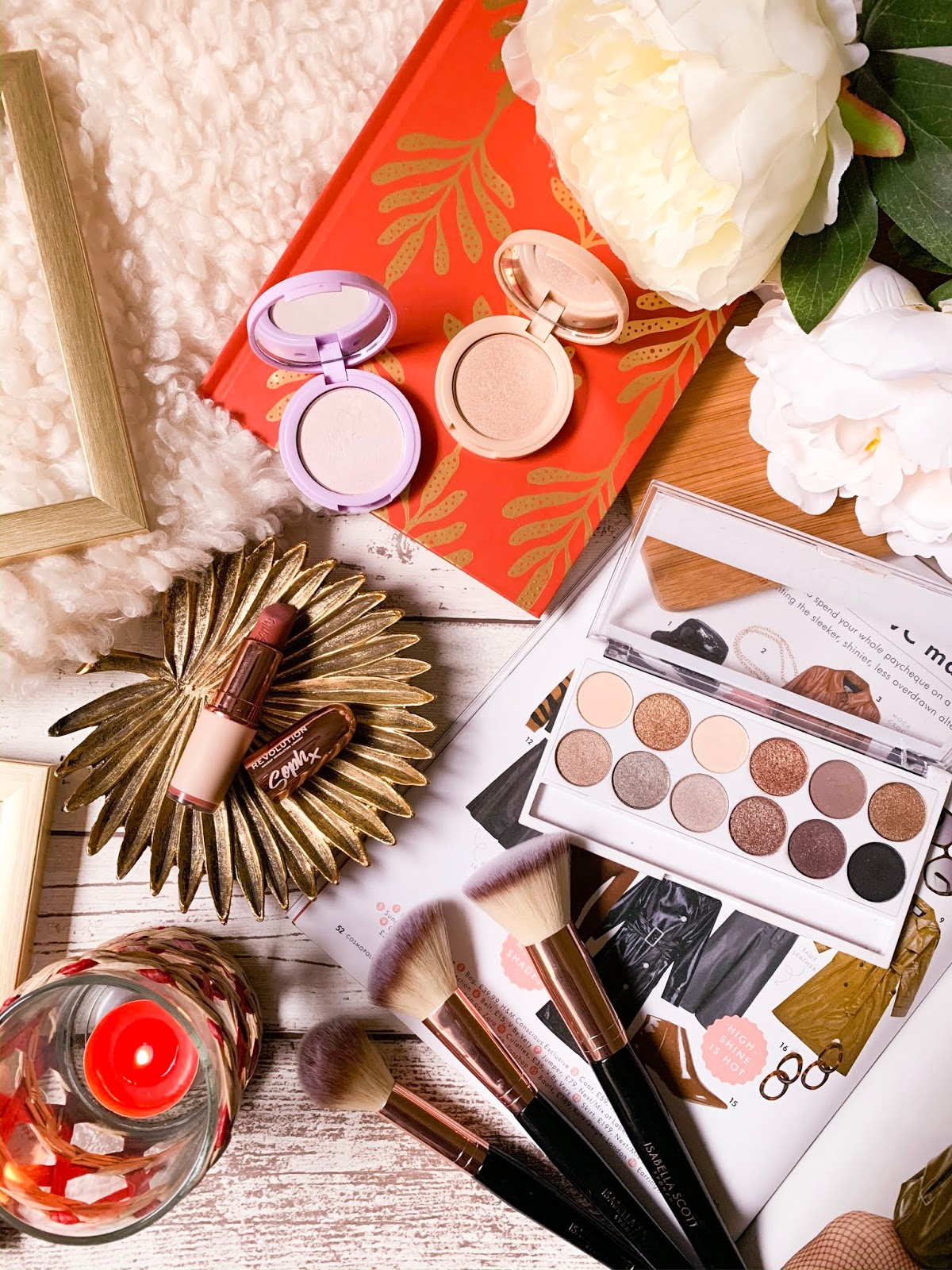 10 Free Flatlay Stock Images - Makeup 3