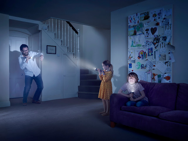Amazing Photography - Julia Fullerton-Batten - Flash Light